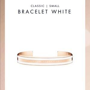 Brand new rose gold small bracelet